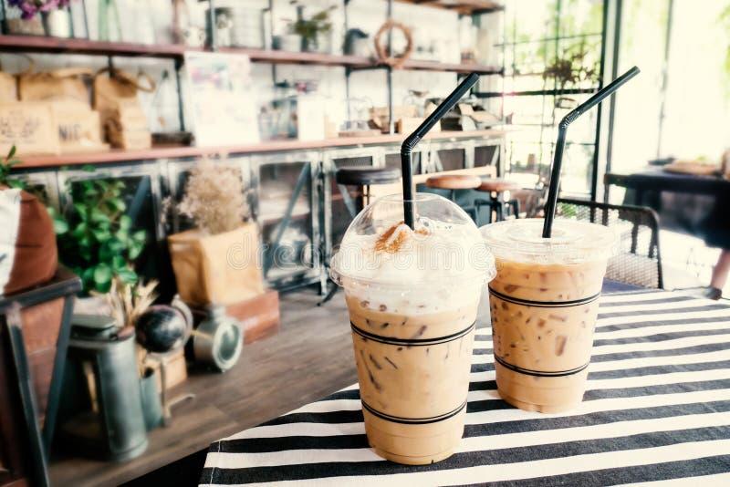 Caffè ghiacciato, bevanda fredda nel caffè immagine stock libera da diritti