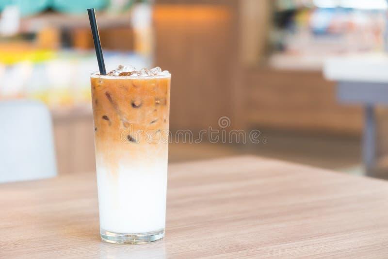 Caffè ghiacciato del latte fotografia stock