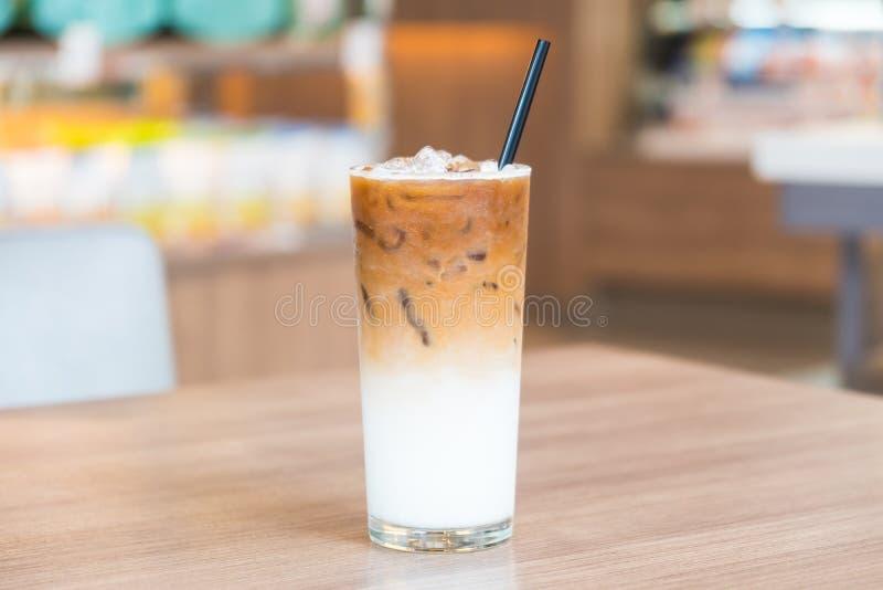 Caffè ghiacciato del latte fotografia stock libera da diritti