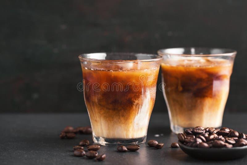 Caffè ghiacciato in vetri fotografia stock
