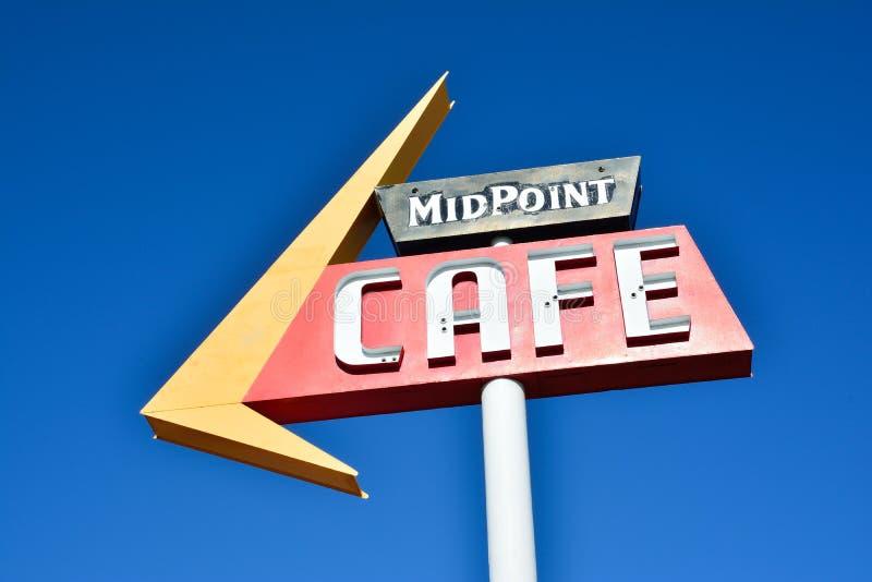 Caffè Route 66 di punto mediano fotografia stock libera da diritti