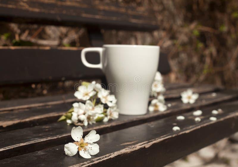 Caffè sul banco fotografie stock