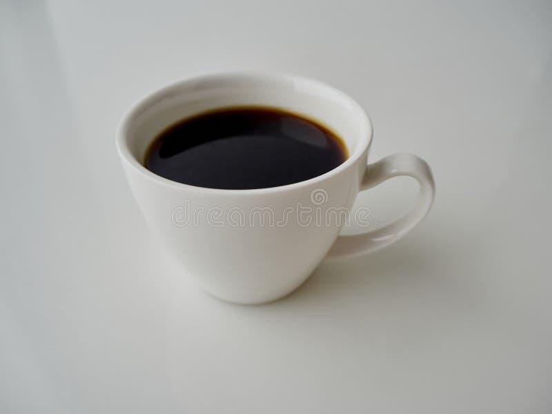 Caff? della tazza isolato su fondo bianco immagini stock libere da diritti
