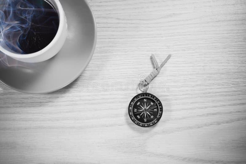 Caff? su fondo di legno fotografia stock libera da diritti