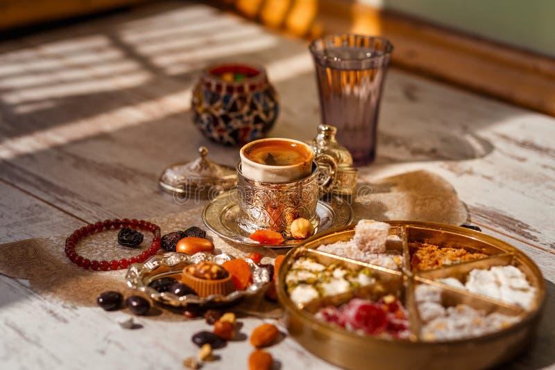 Caff? turco tradizionale su Bayram immagini stock