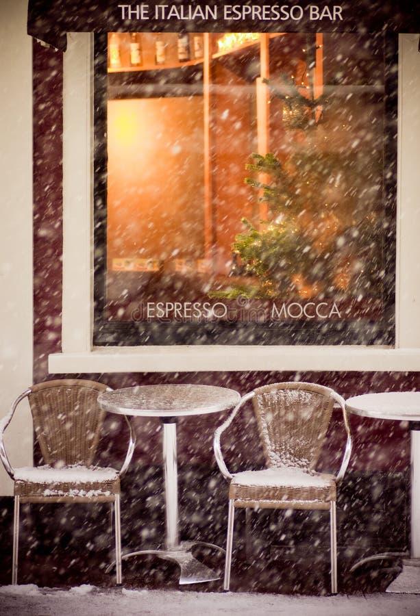 Caffetteria in inverno immagini stock libere da diritti