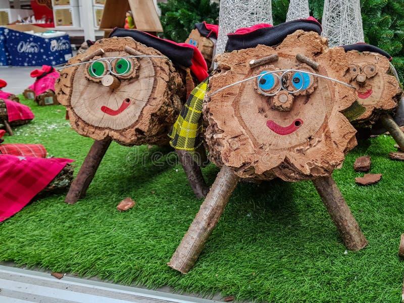 Caga Tio de Nadal un caractère typique de Noël de Catalogne image libre de droits