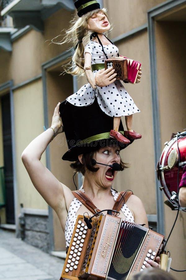 CAGLIARI, ITALIE - 21 octobre 2016 : Stampace - SA RUGA VICO III - festival international d'artistes de rue - Sardaigne photographie stock libre de droits