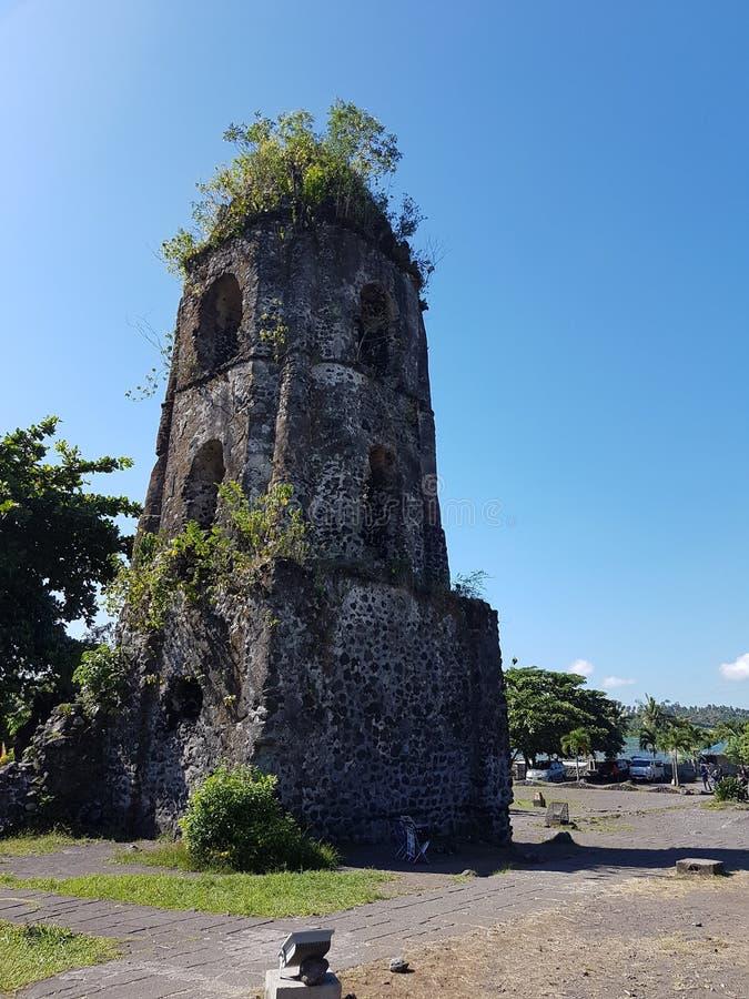 Cagsawa破坏钟楼塔Bicol菲律宾 免版税库存照片