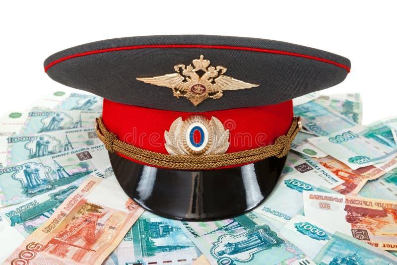 Cah y dinero rusos del oficial de policía foto de archivo