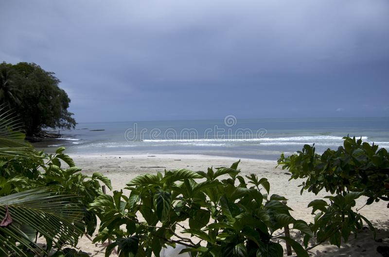 Cahuita nationalparkstrand, Costa Rica royaltyfria bilder