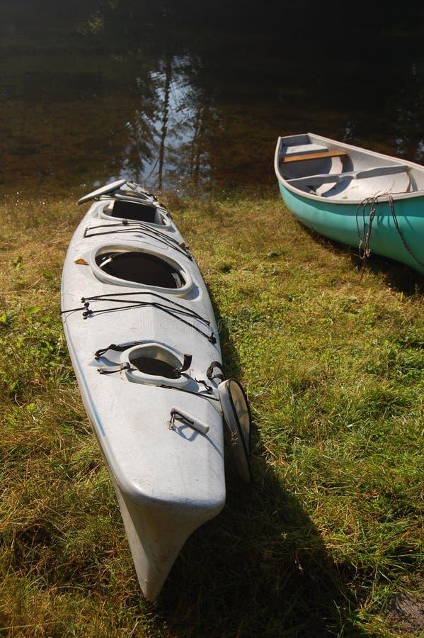Caiaque e canoa imagem de stock royalty free