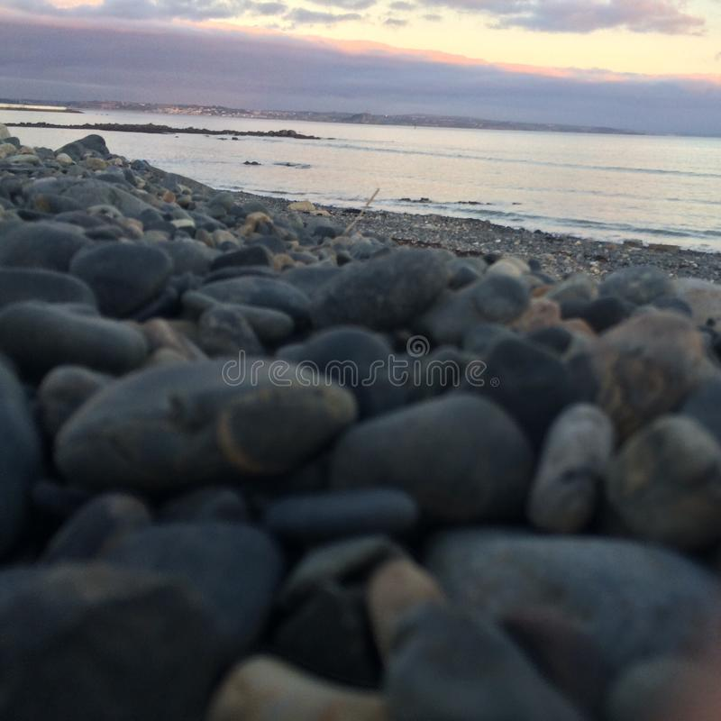 caillou de plage photos stock