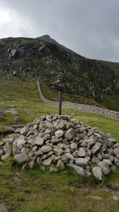 Cairn de sommet photographie stock libre de droits