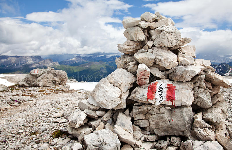 Download Cairn hiking trail stock image. Image of rocky, mark - 23165071