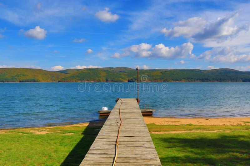 Cais Bulgária do lago Iskar imagem de stock royalty free
