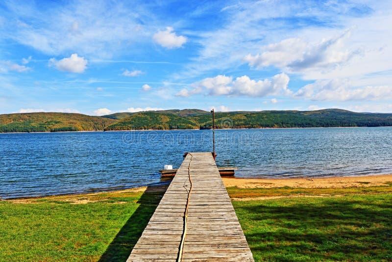 Cais Bulgária do lago Iskar foto de stock royalty free