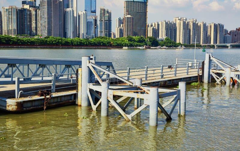 Cais, cais em Guangzhou China fotos de stock royalty free