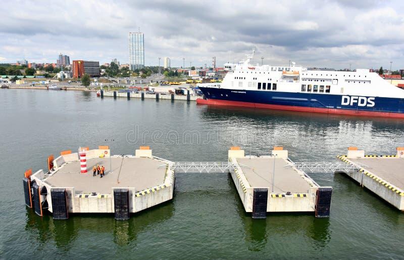 Cais da aterrissagem no porto de Klaipeda, Lituânia foto de stock