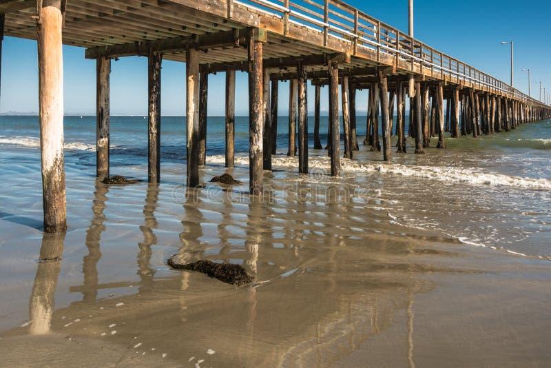 Cais da praia de Avila, Califórnia fotografia de stock
