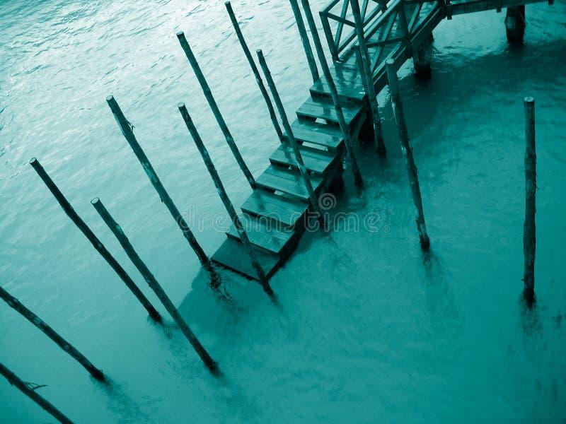 Cais do â do detalhe 4 de Veneza na chuva fotografia de stock