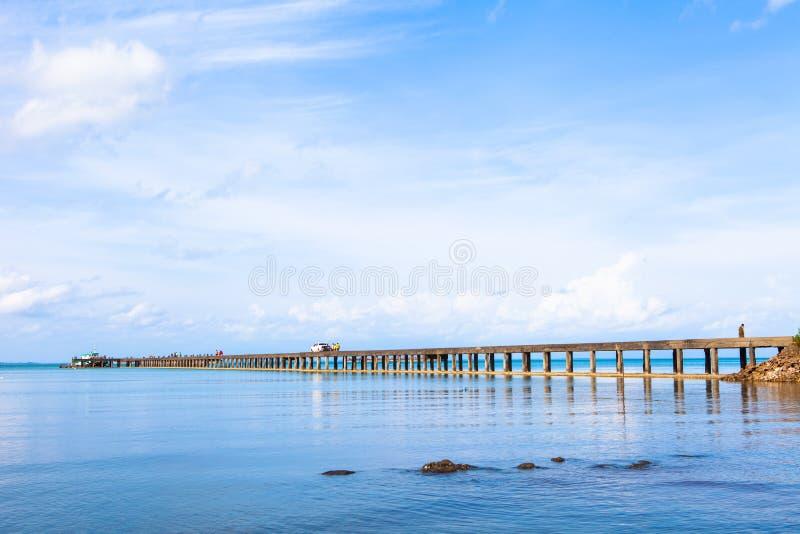 Cais do beira-mar do Koh de Tailândia foto de stock