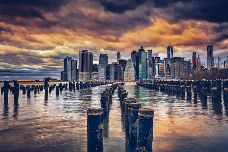Cais e pilhas de Brooklyn fotos de stock royalty free
