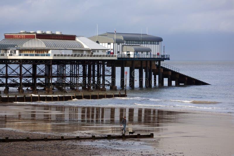 Cais em Cromer - costa de Norfolk - Inglaterra fotos de stock