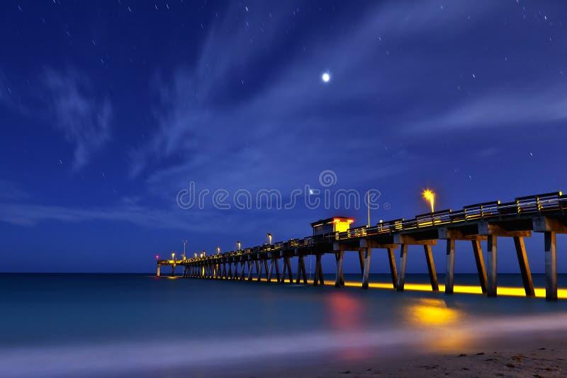 Cais na praia florida de Veneza imagem de stock royalty free