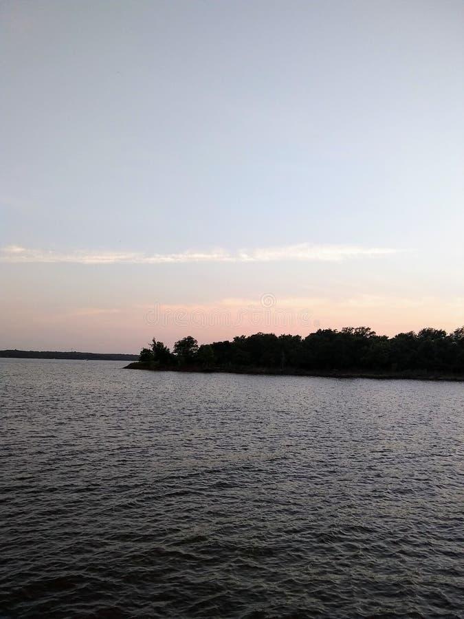Cais no lago fotografia de stock