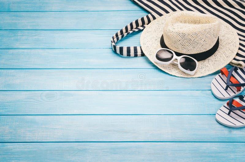 Cais perto da praia, vista superior Fundo com espa?o da c?pia foto de stock royalty free