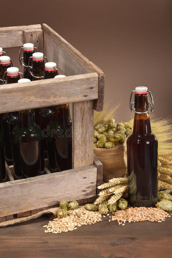 Caisse de bière images stock