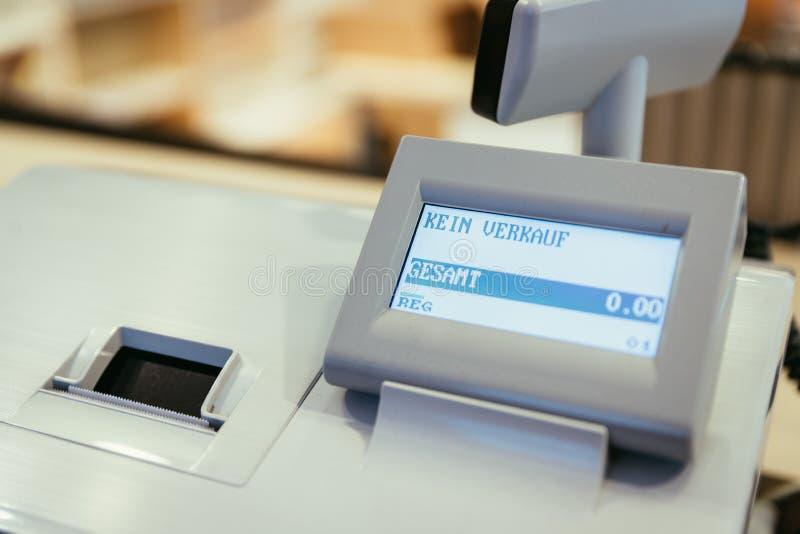 """Caisse enregistreuse dans un magasin, aucune vente, """"Kein Verkauf photos libres de droits"""