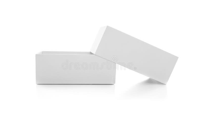 Caixa branca isolada no fundo branco Close-up foto de stock royalty free