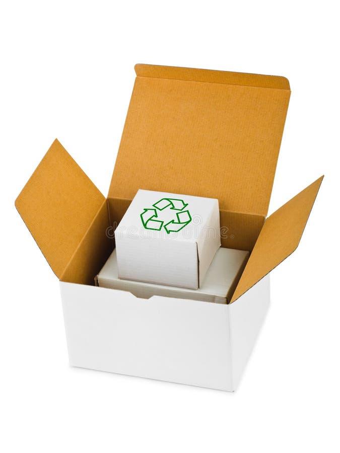 Caixa com recicl do sinal fotos de stock