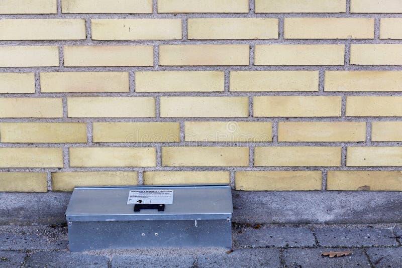 Caixa da armadilha de rato da captura imagem de stock