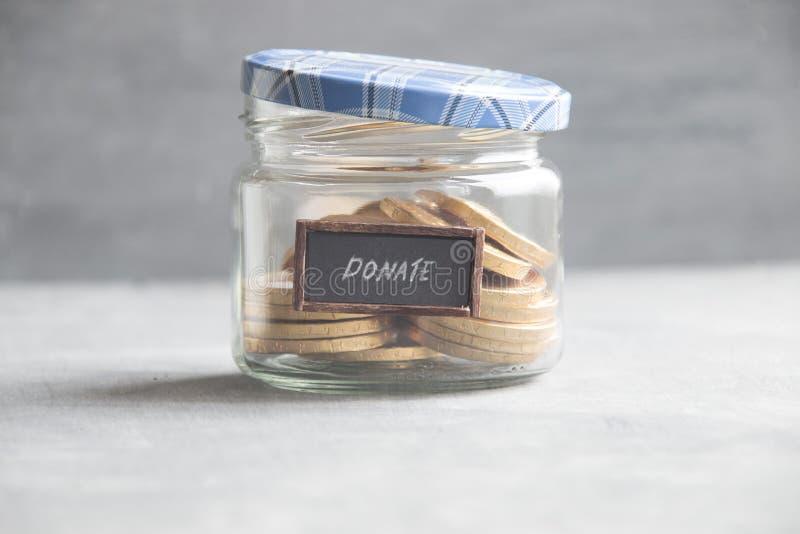 Caixa da doação Doe, dando o conceito do dinheiro fotos de stock royalty free