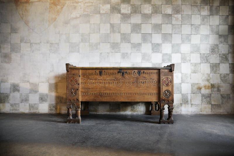 Caixa de Anantique de gavetas de madeira foto de stock royalty free