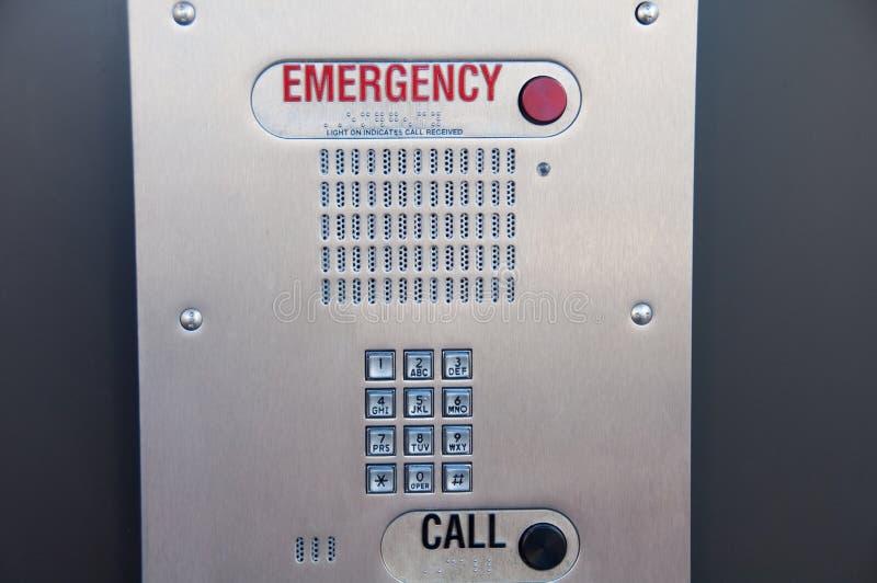 Caixa de atendimento da emergência com instruções de Braille foto de stock