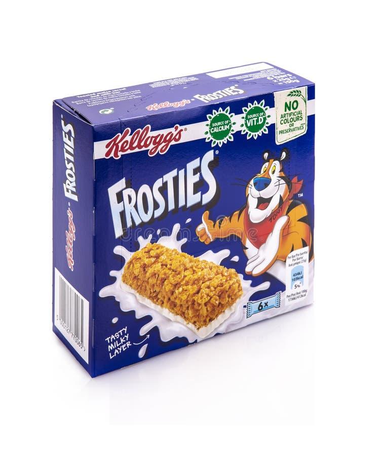 Caixa de barras do cereal de Kelloggs Frosties no fundo branco fotos de stock royalty free
