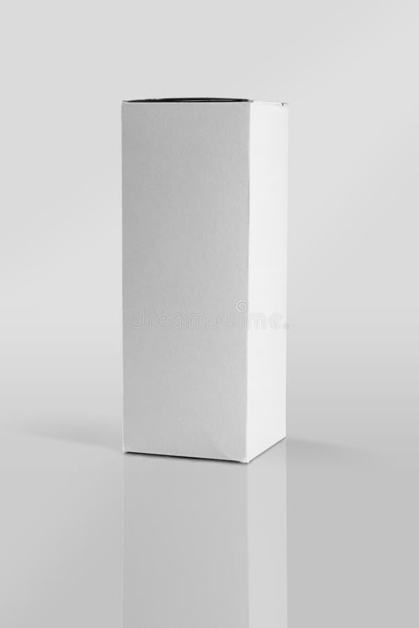 Caixa de empacotamento do produto da placa branca para modelos foto de stock