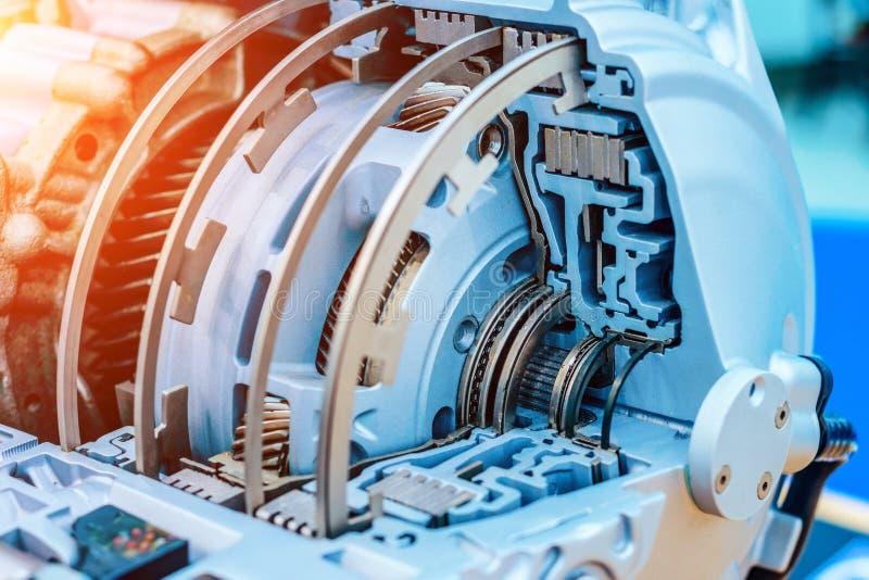 Caixa de engrenagens hidromecânica moderna Transmissão automática imagem de stock royalty free
