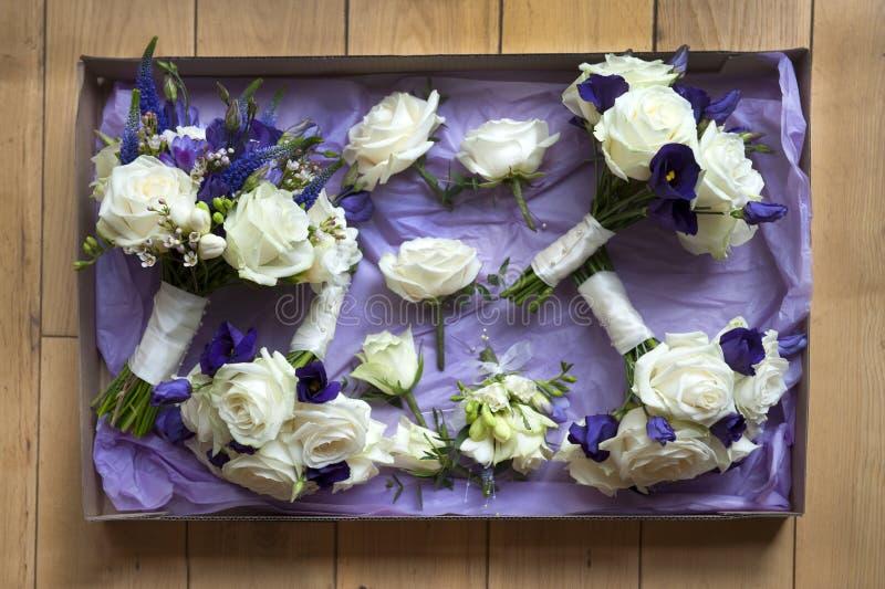 Caixa de flores do casamento foto de stock