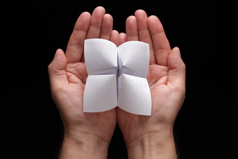 Caixa de fortuna de Origami com escolhas em branco fotos de stock