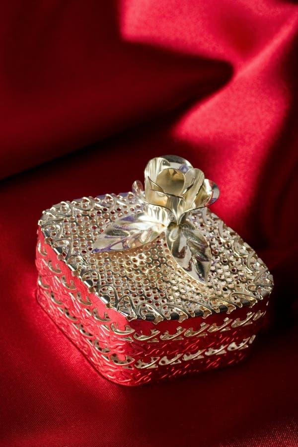 Caixa de jóia de prata fotos de stock