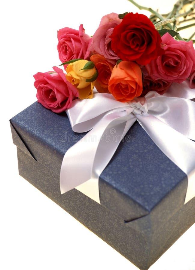 Download Caixa de presente imagem de stock. Imagem de celebration - 106487