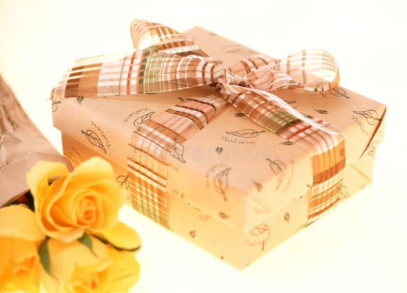 Download Caixa de presente imagem de stock. Imagem de se, fita, celebration - 107173