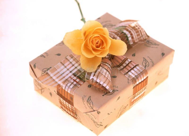 Download Caixa de presente foto de stock. Imagem de decoração, caixa - 107640