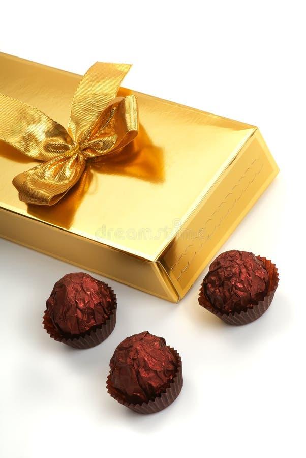 Caixa de presente com chocolate imagem de stock royalty free