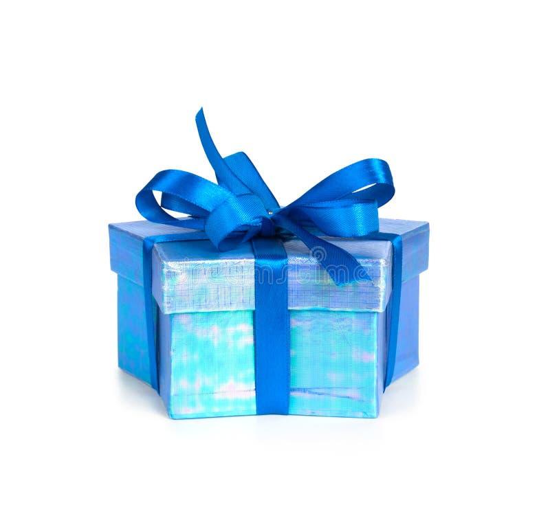 Caixa de presente com fita azul fotografia de stock royalty free